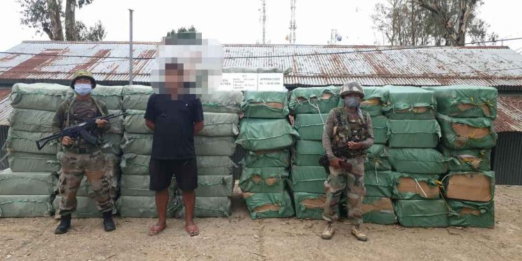 Assam Rifles Serchhip Battalion(Mizoram) recovered large quantity of illegal foreign origin cigarettes worth approx Rs 1.30 Crore. Image credit: Twitter