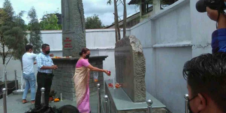 Floral tributes being paid at the Journalist memorial pillar. Image: Northeast Now