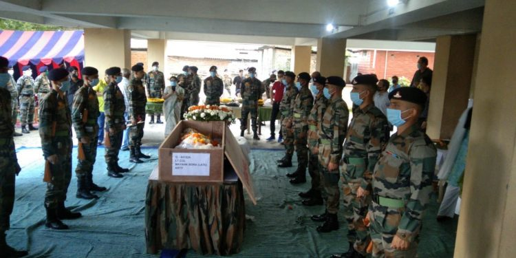 Assam: Last rites of Lt Col Mayank Bora performed with full military honours 1