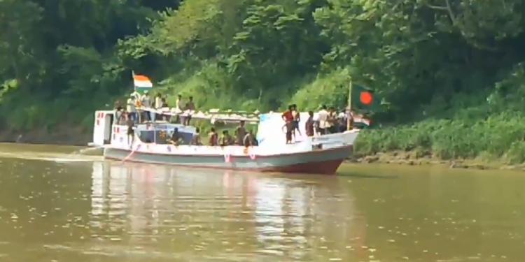 Tripura opens waterways to link with Bangladesh, barge cement reaches Sonamura from Daundkandi in Bangladesh 1