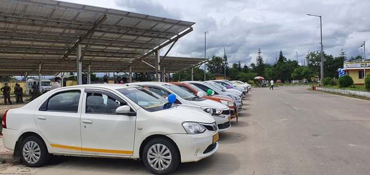 Assam: Pre-paid taxi service flagged off at Dibrugarh Airport 1