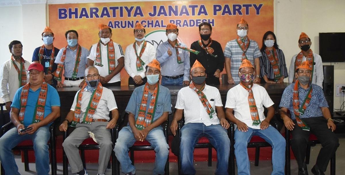 Former Arunachal Pradesh minister Anok Wangsa quits NPP, joins BJP 1