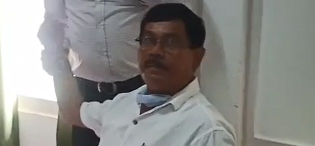 Assam: DFO, ACF arrested while accepting Rs 25,000 bribe in Lakhimpur 1