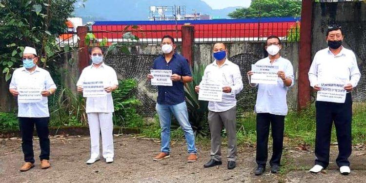Arunachal: Congress marks Gandhi Jayanti as save-farmers, labourers day 1