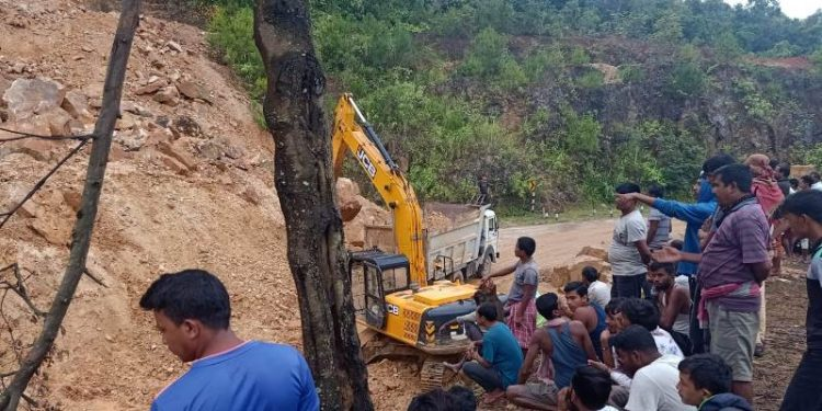 The highway remained closed for traffic following massive landslide on last Saturday at Thangshalai in Meghalaya's East East Khasi Hills district.