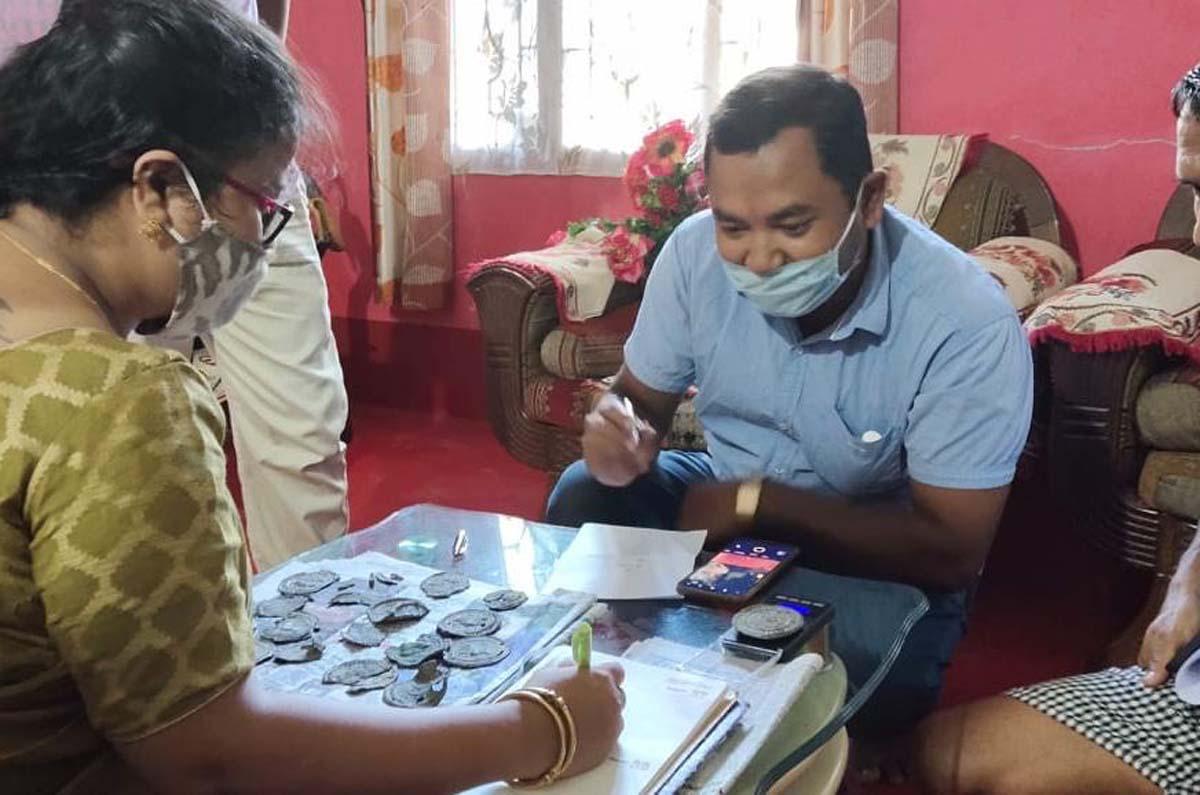 Assam: Jorhat District Museum acquires rare old 'Burmese coins' from Sivasagar 1