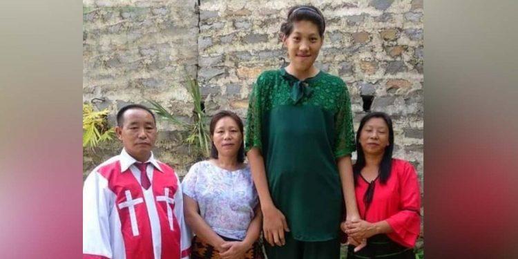 Tallest Naga girl