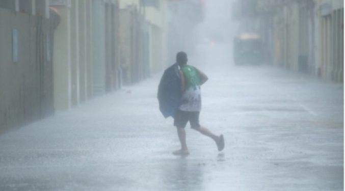 China renews alert for typhoon Vamco 1