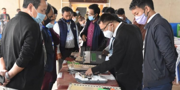 The commissioning of EVM for upcoming municipality poll was held in Itanagar on Thursday.