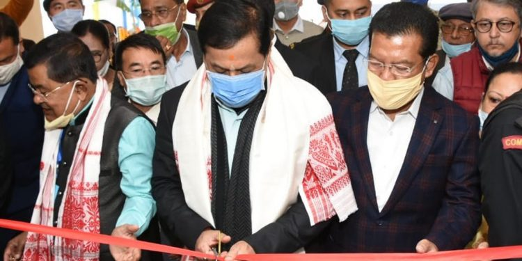Assam CM Sarbananda Sonowal taking part in ribbon cutting ceremony to inaugurate the new building of District Museum in Dibrugarh.