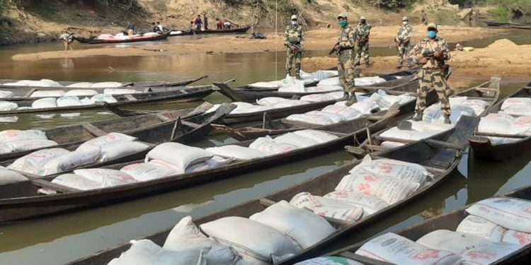 BSF in Meghalaya seizes 45,000 kgs of smuggled dry pea along Indo-Bangla Border 1
