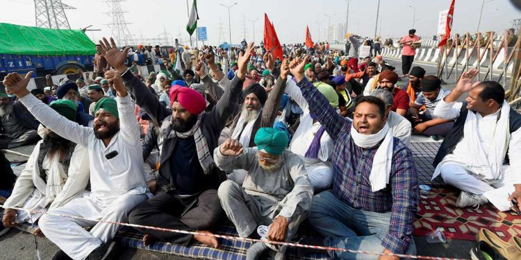 57-year-old protesting farmer dies of heart attack at Ghazipur border 1
