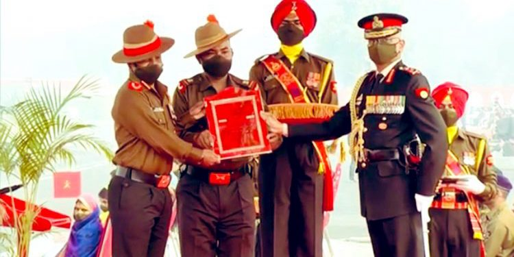 The award was received by Colonel Bimlesh and Subedar Major Senrun Elvenson, during the Army Day Parade in New Delhi on Friday.