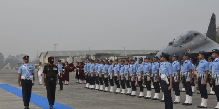 Assam Regiment, Arunachal Scouts sign affiliation with Indian Air Force's SU-30 squadron 1