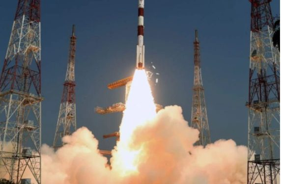 Isro launches satellites with Bhagavad Gita, Modi's image 1