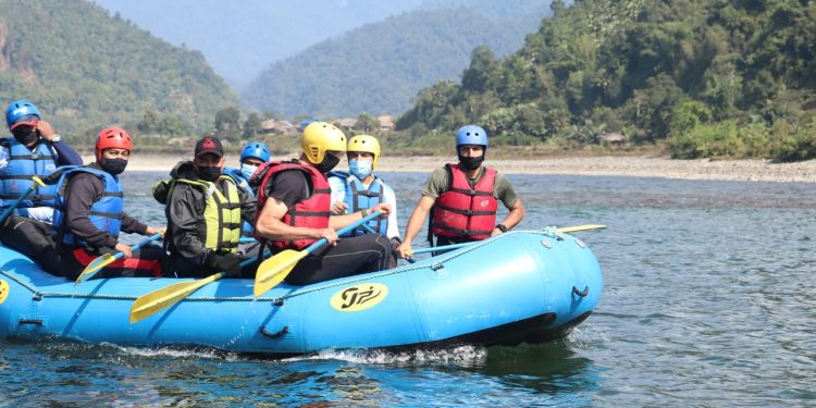 Bangladesh Army officers learn white-water rafting from Indian Army in Arunachal 1