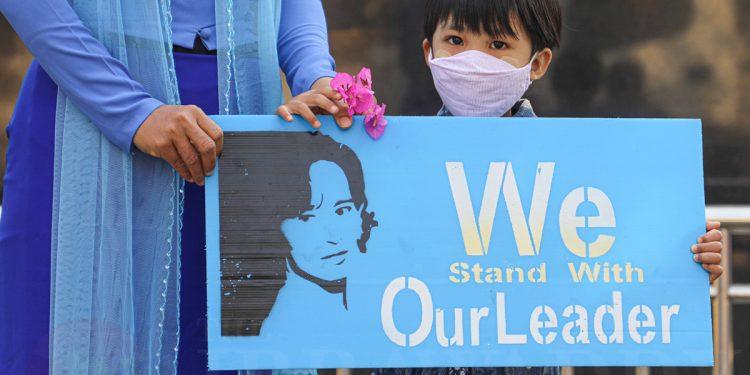 Kangana Ranaut expresses her take on Myanmar military coup 1