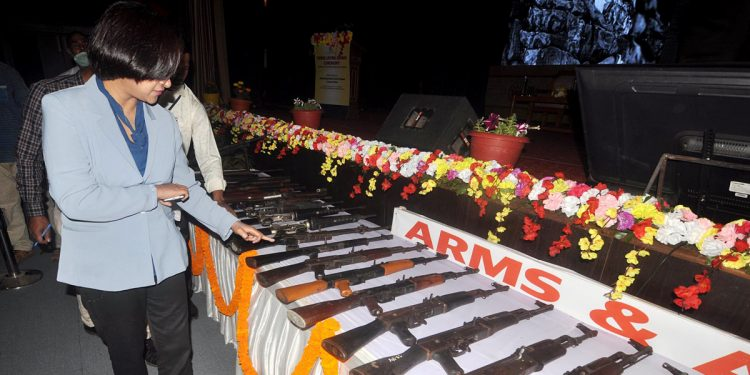 Assam: Over 1000 rebels belonging to 5 insurgent outfits lay down arms in Guwahati 1