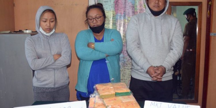 Mizoram: Heroin worth Rs 75 lakh recovered by Assam Rifles troopers, 3 arrested 1
