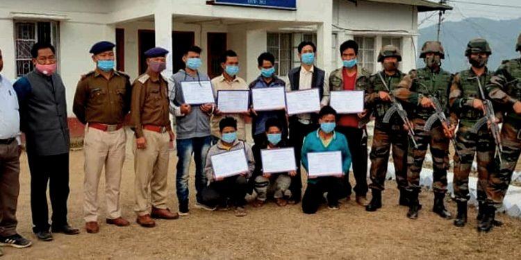 Arunachal Pradesh: 8 rebels belonging to two NSCN factions surrender 1