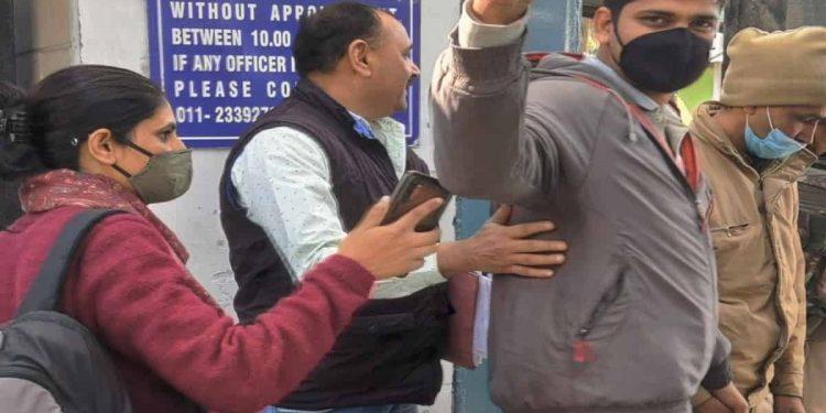 Farm protest: Journalist Mandeep Punia gets bail 1