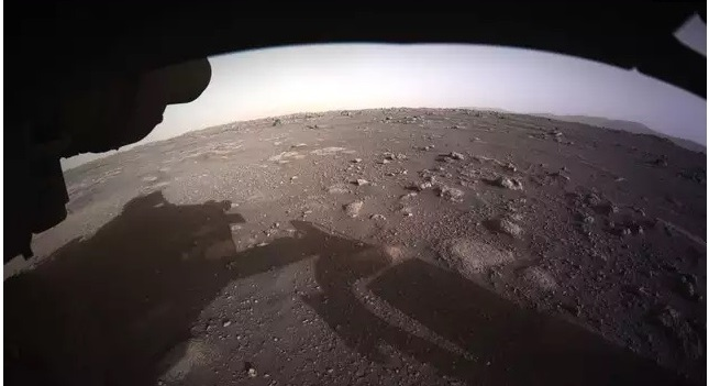 NASA releases spectacular panoramic view of Mars rover landing site 1