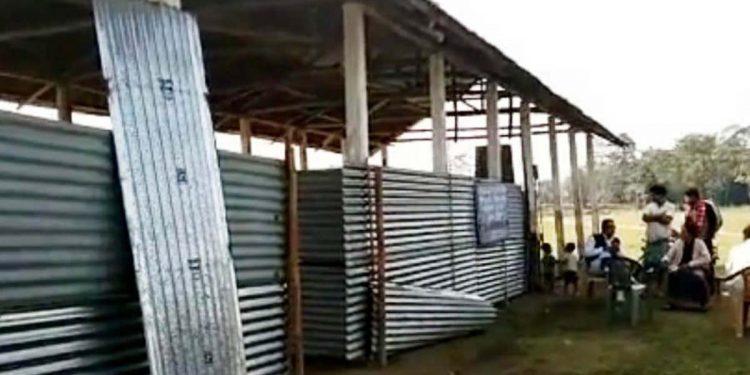 school in flooad-affected areas 3