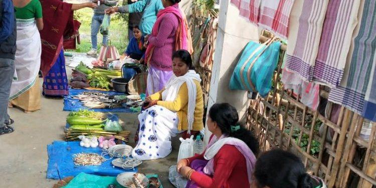 All women market vendor