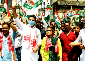 Sea of people throng Silchar streets, Congress star campaigner Sachin Pilot says Assam youth need jobs 3