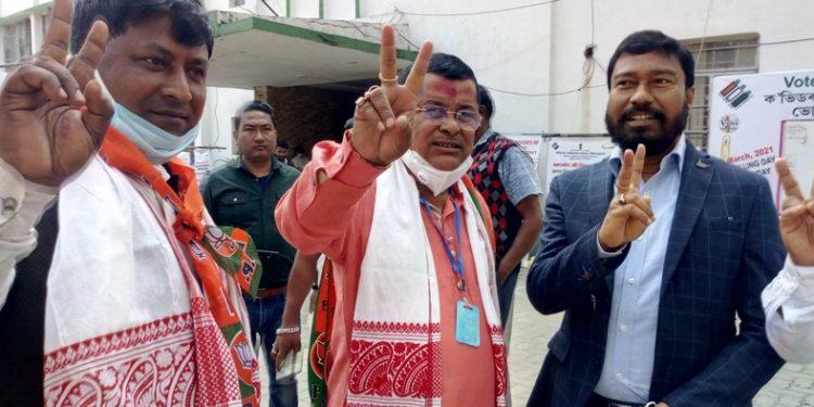 Assam Assembly Election: Dibrugarh MLA Prasanta Phukan files nomination 1