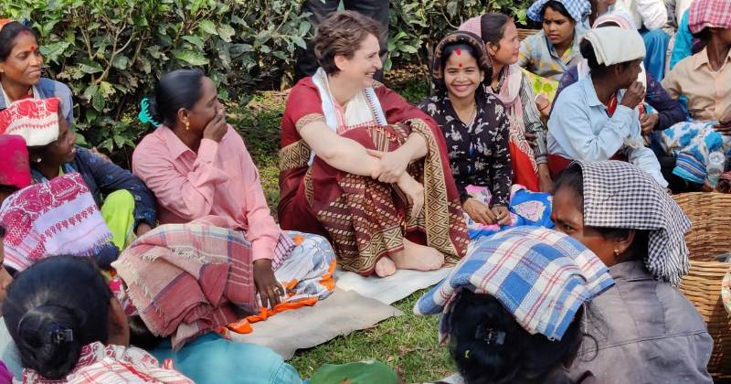Priyanka Gandhi plucks leaves with Assam tea garden workers 4