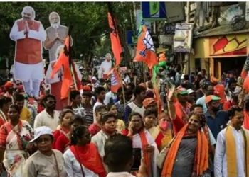 Bengal Assembly polls: Election Commission banns roadshows and bike rallies due to surge in Covid-19 cases 2