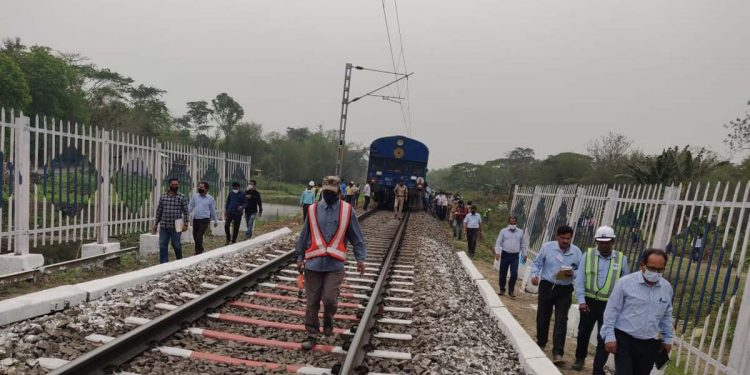 Electrified trains in Northeast