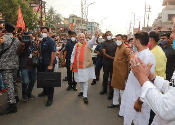 West Bengal elections: 3 phases of polling can't happen on one day, says Amit Shah even as COVID-19 cases rise exponentially 2