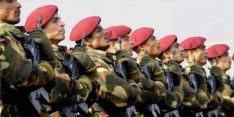 Indian Army personnel