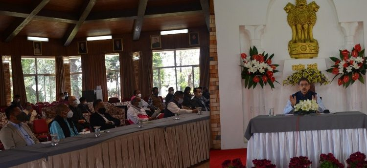 Nagaland Governor RN Ravi interacting with the church leaders of Nagaland on COVID-19 at Raj Bhavan in Kohima on Monday.