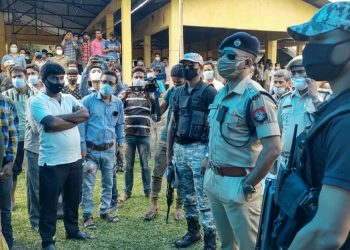 West Bengal post-poll violence: Nearly 400 BJP workers and family crossed over to Assam, claims Himanta Biswa Sarma 1