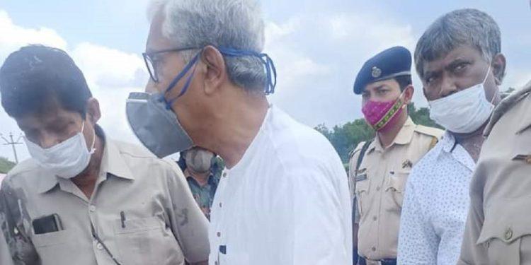 Former Tripura CM Manik Sarkar's convoy allegedly attacked, CPI-M accuses BJP of planning attack 1