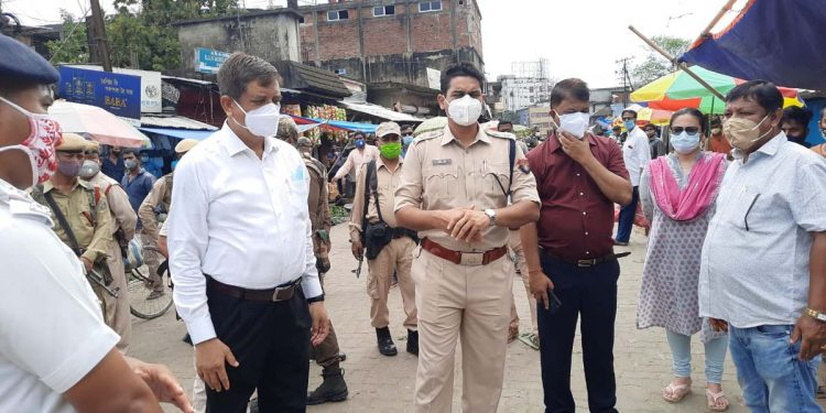 Jorhat DC and SP inspecting the main market in Jorhat.