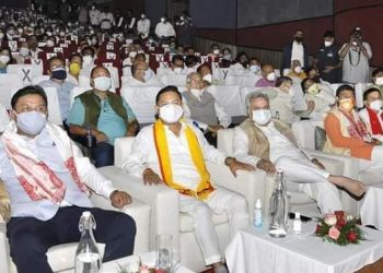 Covid-19 protocols go for a toss at Assam CM swearing in ceremony 1