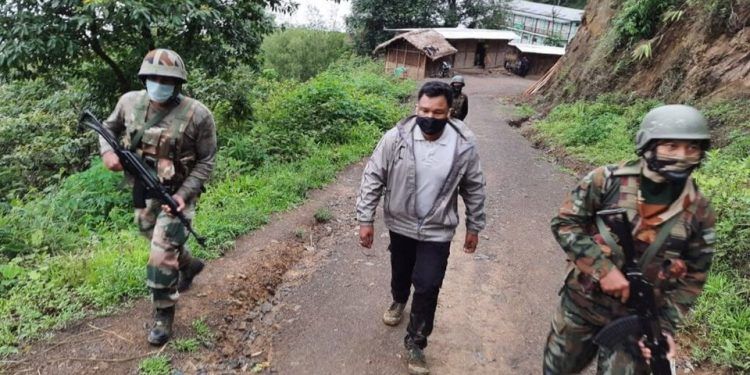 Abducted ONGC staffer Ritul Saikia reaches Nagaland after release along India-Myanmar border 1