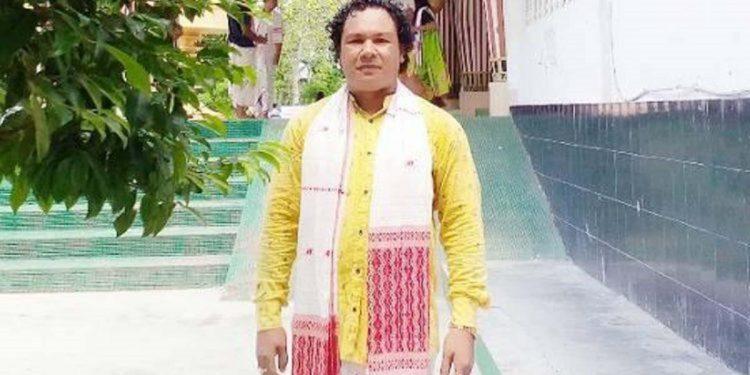 Assam: Third kidnapped ONGC employee Ritul Saikia with ULFA-I, confirms surrendered rebel 1