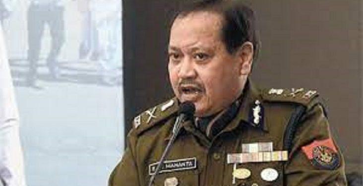 Assam DGP Bhaskar Jyoti Mahanta faces flak for his 'childish' remark 1