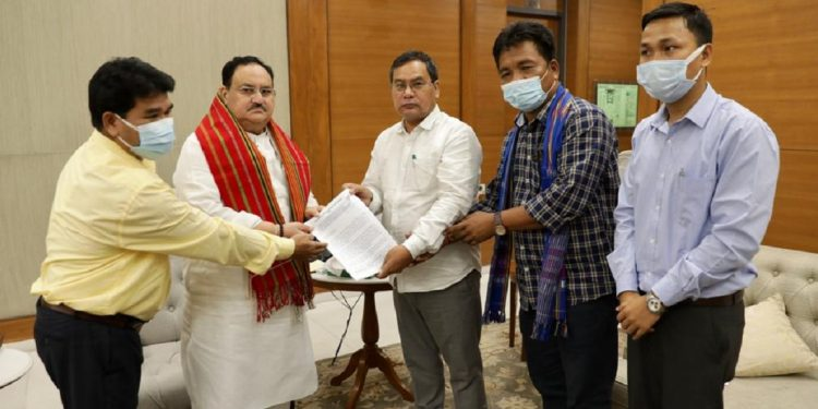The IPFT delegation also submitted a memorandum to JP Nadda.