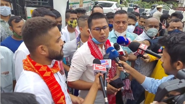 Border violence: Assam group protests in front of Mizoram House, threatens to launch economic blockade 1