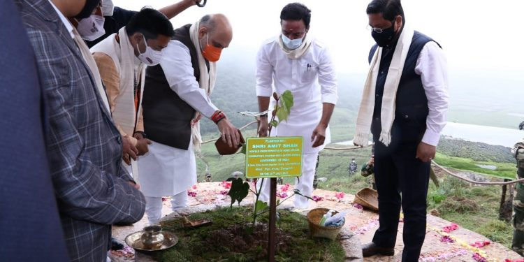 Meghalaya: Khasi Students' Union opposes 'adoption' of Sohra hills by Assam Rifles 1