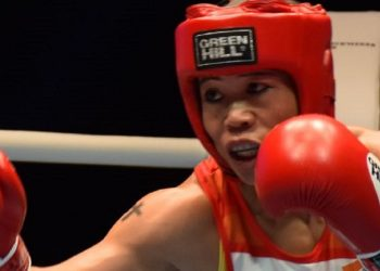 Manipur's 'magnificent' Mary Kom wins round of 32 bout, advances to pre-quarters 3