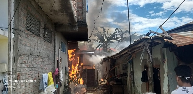 Assam: Five houses gutted in fire at Dibrugarh 1