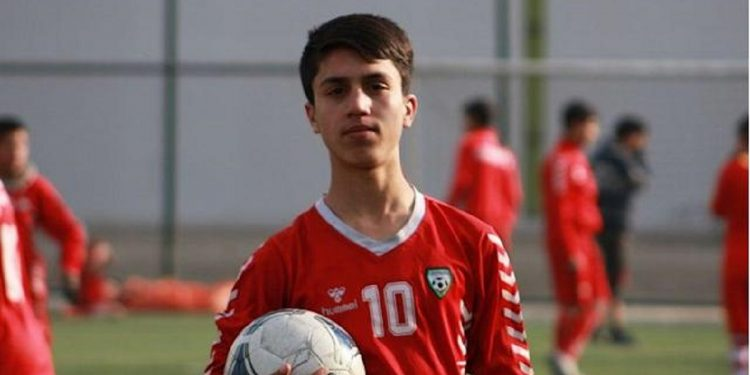 Young Afghan footballer among those killed due fall from US military plane in Kabul 1