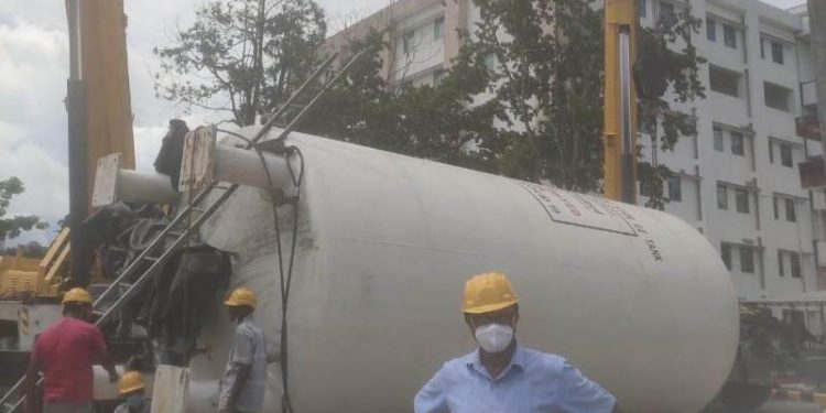 Assam: 40, 000 litre capacity liquid oxygen tank installed at AMCH in Dibrugarh 1